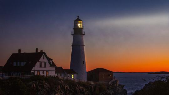 Les phares dans le soir.jpg
